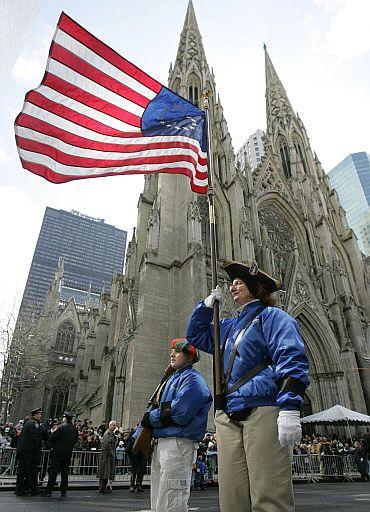 Informacion y datos utiles de nueva york oficinas de turismo efemerides y servicios - Oficina de turismo nueva york ...